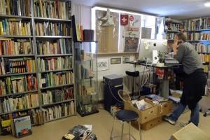 Sportantiquariat: Sammlung von Büchern und Memorabilien