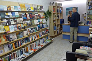 Der winzige Bücherladen Bücherspatz ist gut assortiert