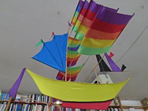 Das Drachenboot an der Decke
