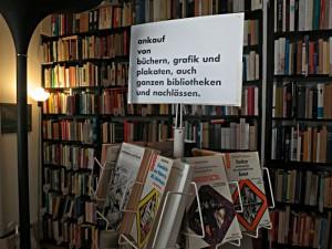Was Peter Petrej ankauft: Bücher, Grafik, Plakate aus Bibliotheken und Nachlässen