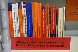 Handapparat: für eine bestimmte Zeit nicht ausleihbare Bücher