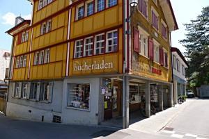 Buchladen Appenzell von aussen