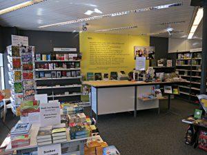 Was die Angestellten bei Gutenberg sind: Leitsätze hinter der Kassatheke