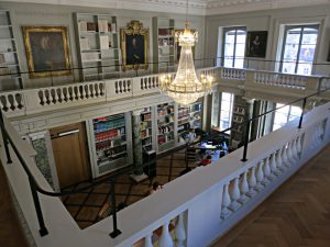 Galerie des Haller-Saals; Kronleuchter