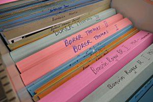 Personenregister: Mäppchen enthalten Berichte aus Zeitungen