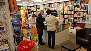 Grosse Abteilung mit Kinderbüchern
