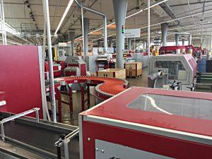 Industrielle Fertigung von Büchern: Buchbindehalle
