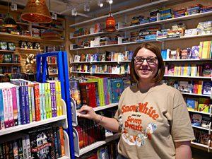 Jocelyn in der Buchhandlung Kidsbooks