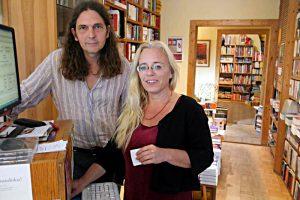 Buchhändlerin Susanne Dagen und Buchhändler Michael Bormann